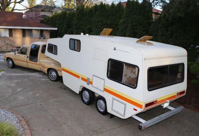Toyota Pickup Custom Extended Cab Dually 2wd 5th Wheel Hauler W Kempery Avtomobil Stena Dizajn