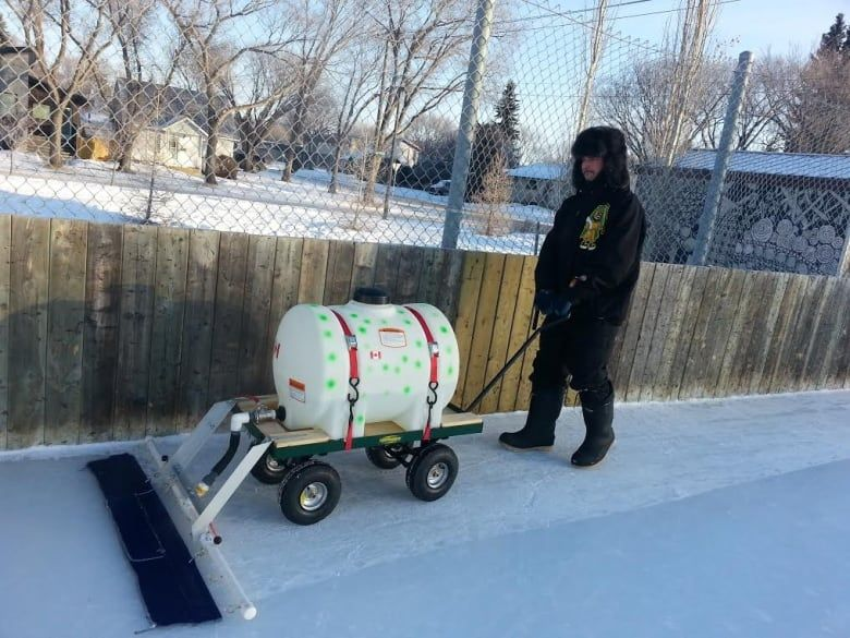 Saskatoon man wants to renew passion for community hockey ...