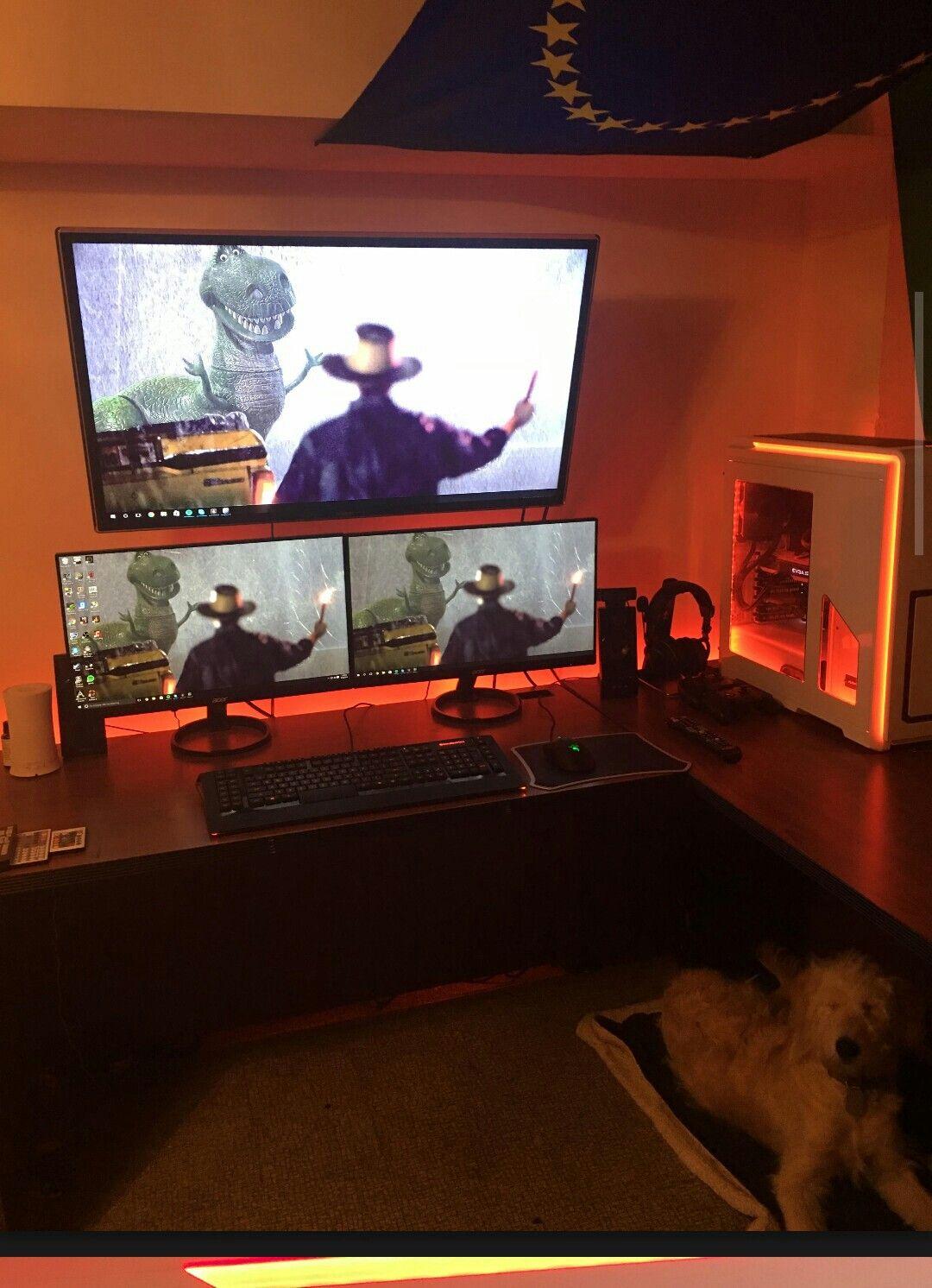 Tv Mounted Above Dual Monitors Pc Battlestation Gaming Room Setup Mounted Tv Diy Computer Desk