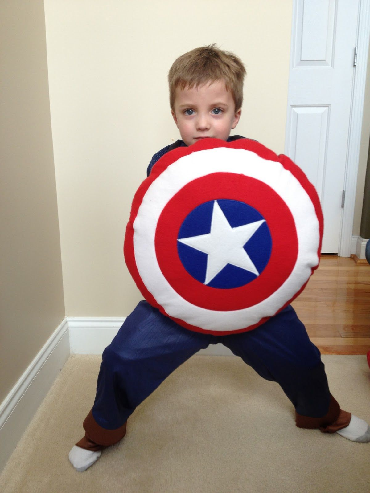 captain america shield pillow making this for a little friend
