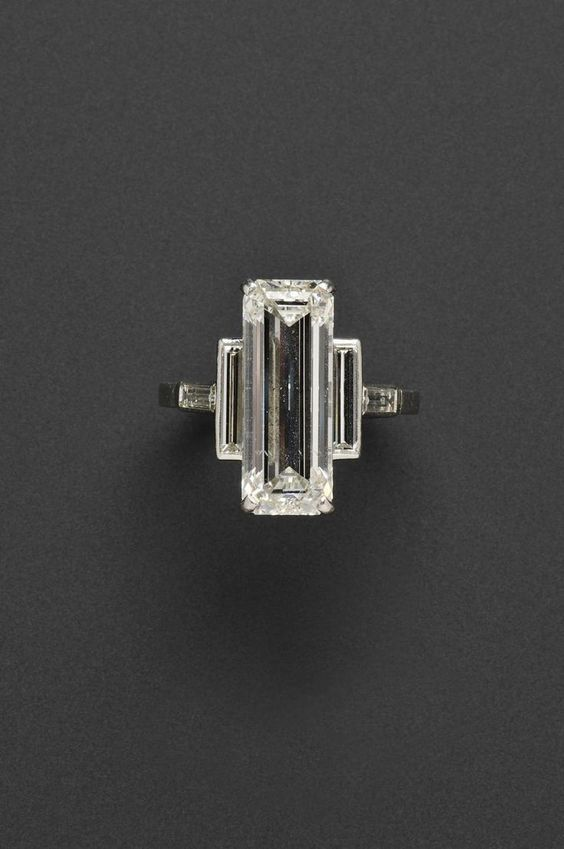21 Unique Engagement Rings that Are Not Your Basic Solitaire