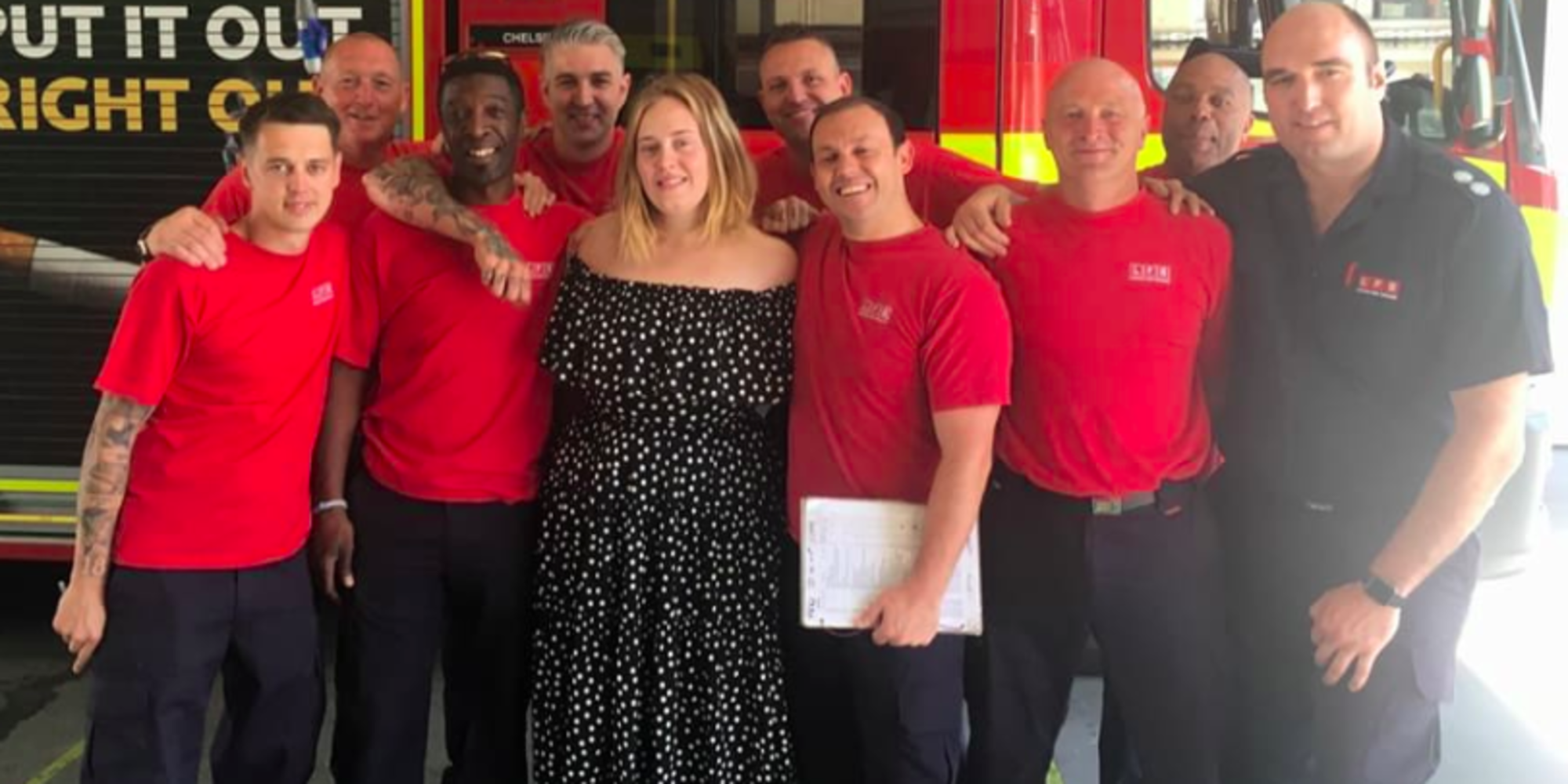 ❤️Grenfell Tower: Adele Visits Firefighters For 'A Cup Of Tea And A Cuddle'