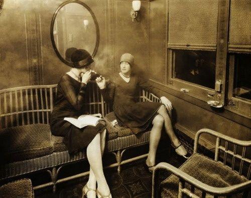 smoking on the train, 1920s
