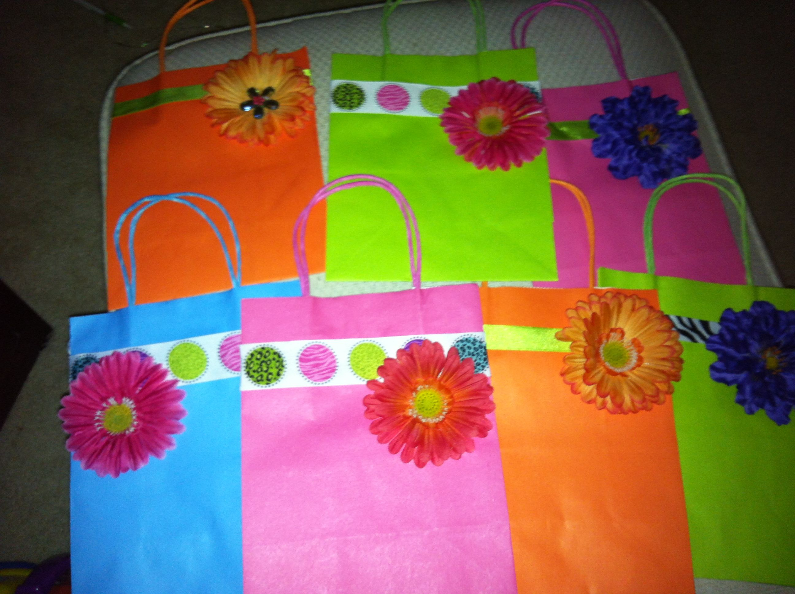 Prettified Bags, I am going to insert 3 coordinating colors of tissue paper per bag & thus I'll have ready-to-go gift bags for teachers etc.