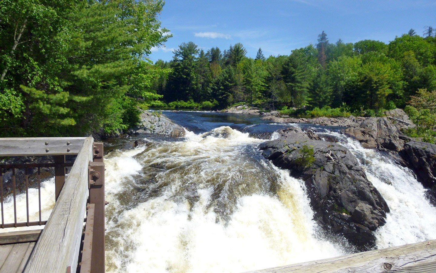 Back To Nature 16 Of The Best Ontario Provincial Parks To Escape To On The Luce Travel Blog In 2020 Ontario Provincial Parks Ontario Travel Ontario