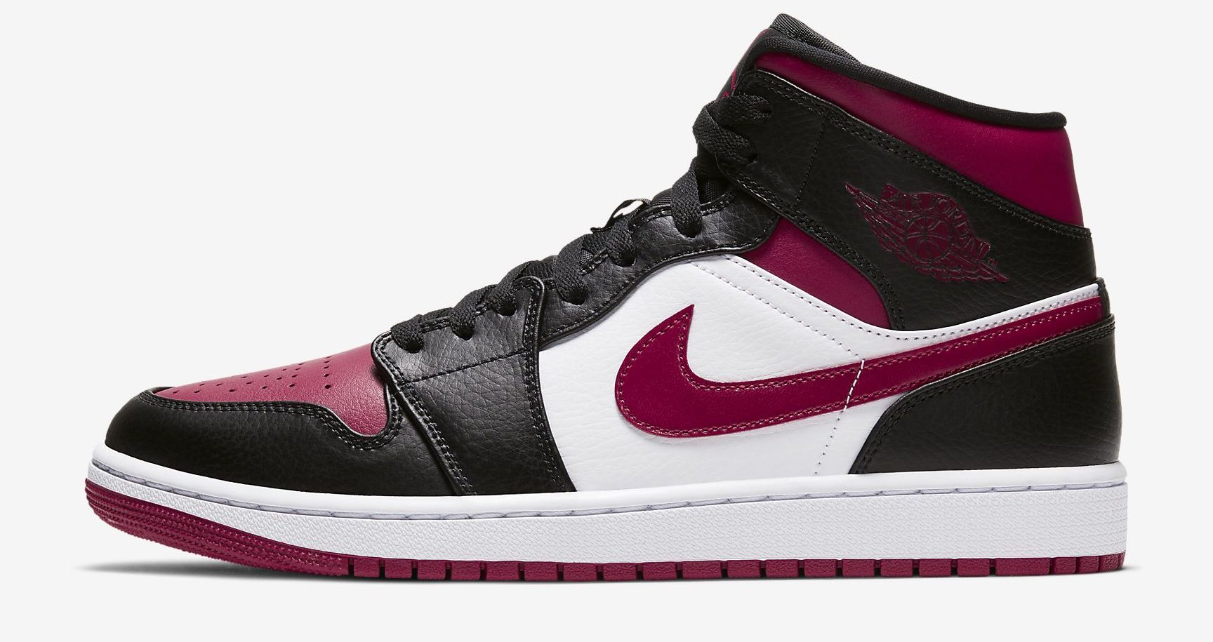 A Fashion Lover S Take On The 13 Most Iconic Sneakers Of All Time Air Jordans Retro Basketball Shoes Jordan 1 Mid