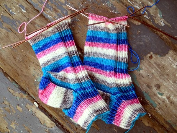 A look at complicated knitting | Knitting and crochet | Pinterest ...