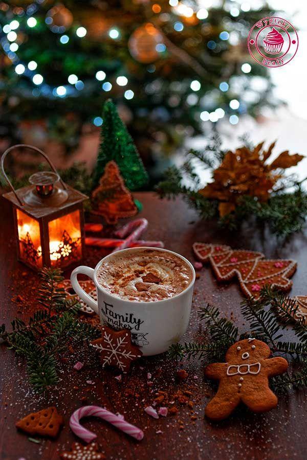 Gingerbread latte - kawa piernikowa z bitą śmietaną