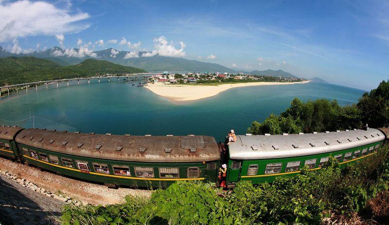 Tàu từ Đà Nẵng đi Huế
