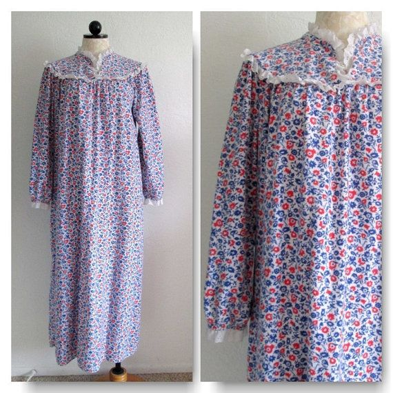 9e977bd993 Lanz of Salzburg Signed Print Floral Vintage Granny Style Flannel Nightgown  VintageHag.com