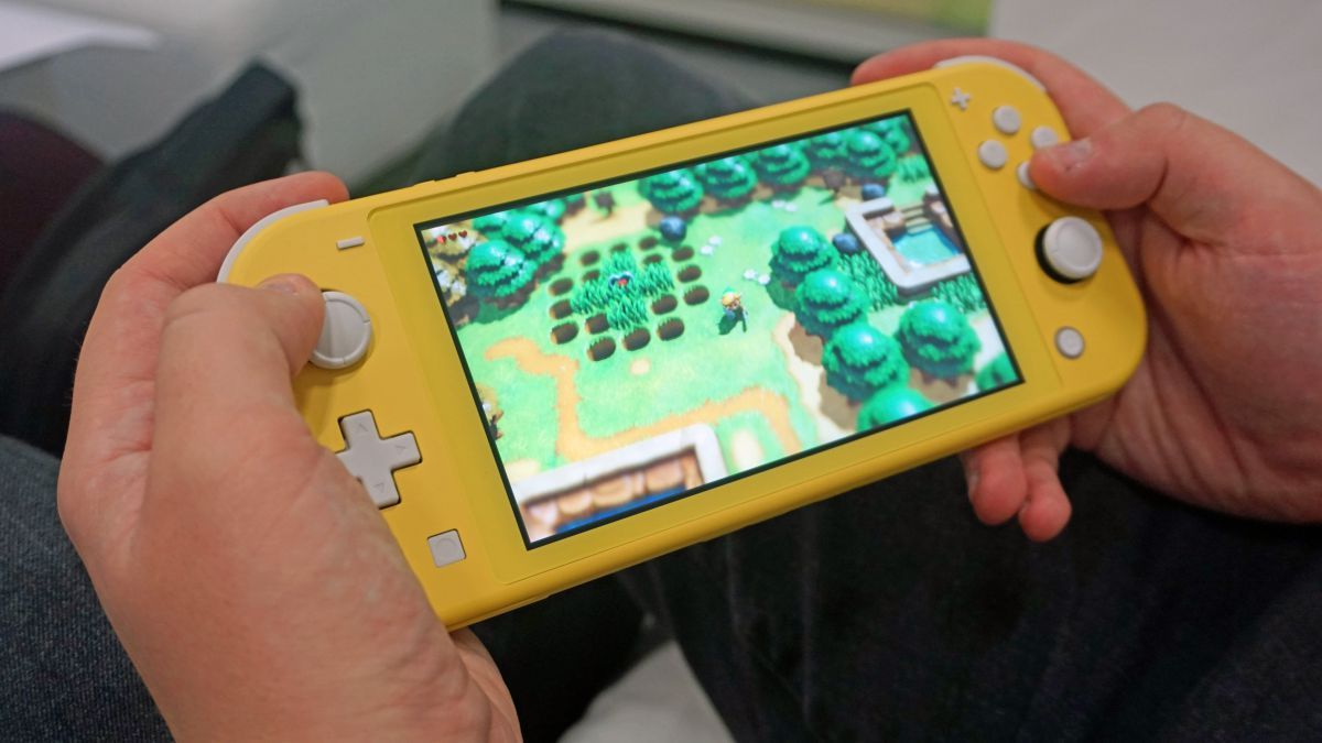 Nintendo S New Switch Lite Also Suffers From Joy Con Drift Gets