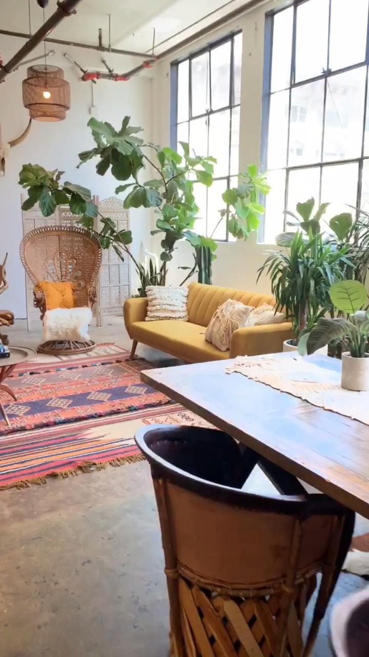 Urban Jungle Bohemian Studio Loft Video in Downtown Los Angeles