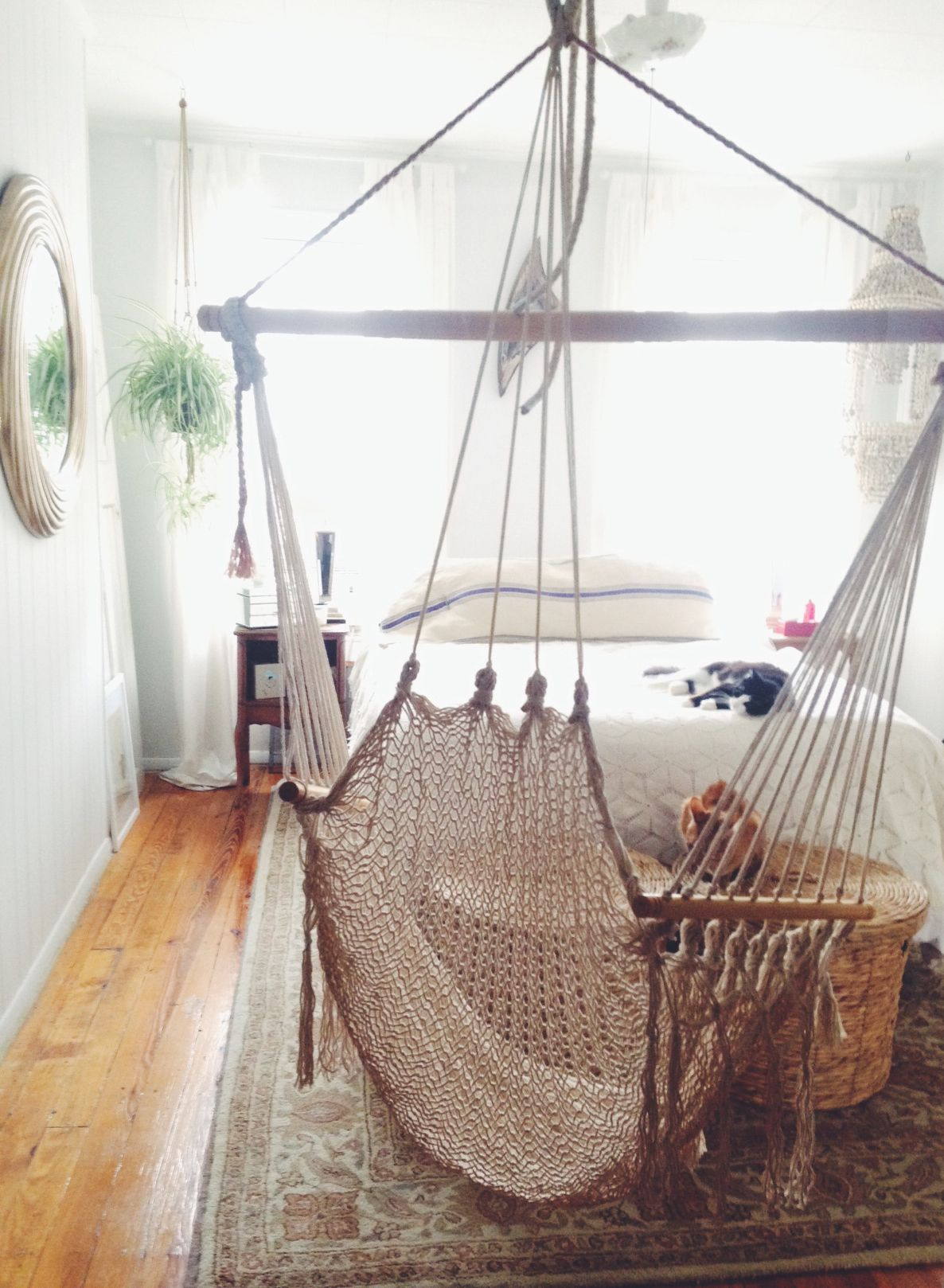 Small apartment bedroom. White. Hammock | Home | Small apartment ...
