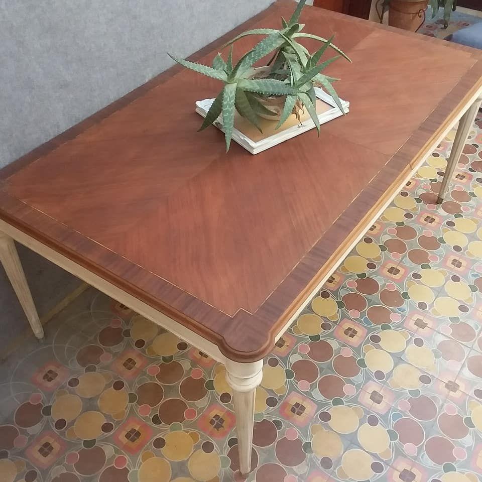 Vendida Preciosa Mesacomedor Estilo Ingles Medidas 1 80mts Largo 1 05cm Ancho 75cm Alto Cedro Con Regatones De Bronce Coffee Table Decor Furniture