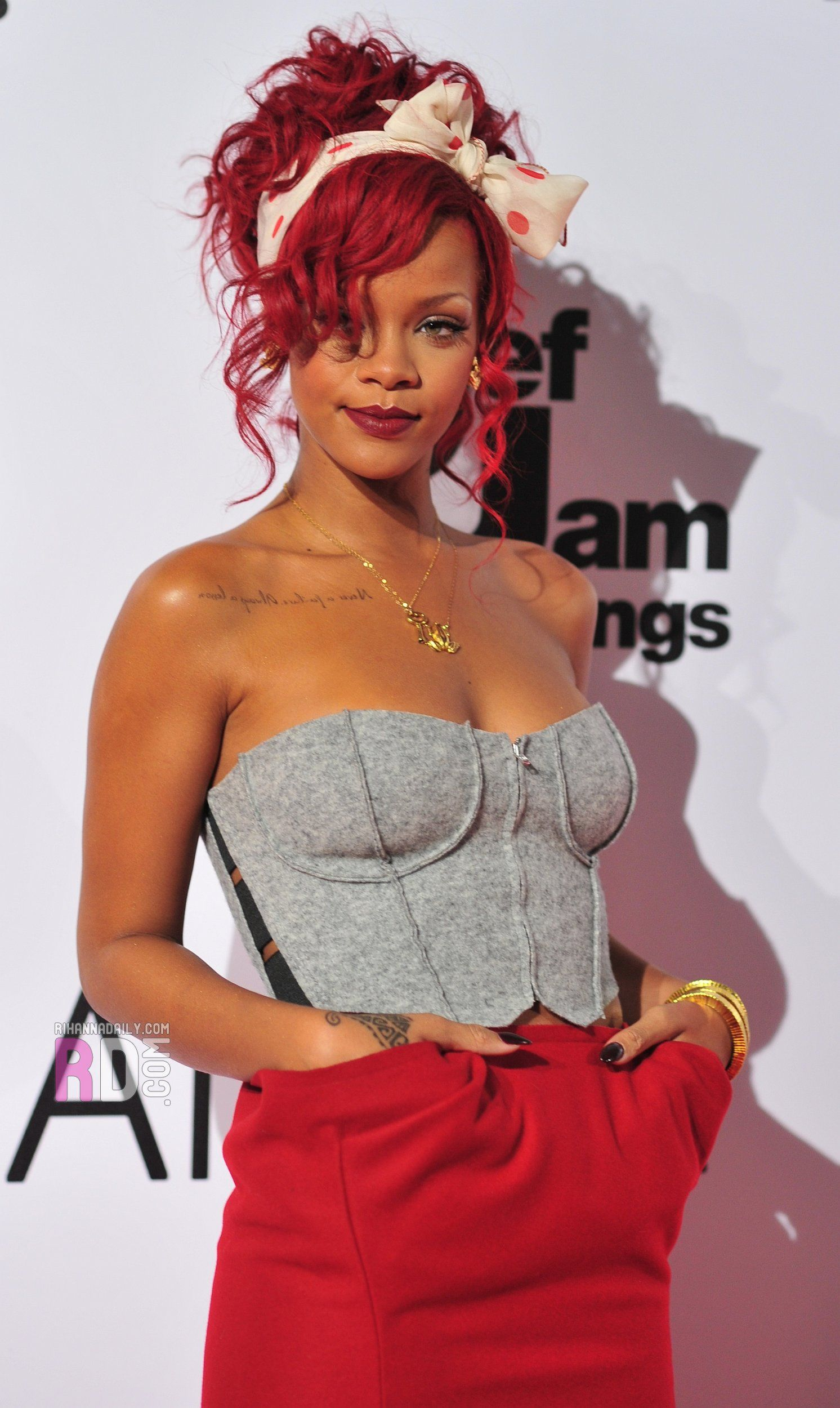 Pin by Lucy Lu on Red Carpet Dresses | Rihanna style, Red ...