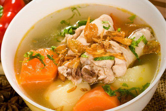 Sop Ayam Pilihan Menu Makan Malam Demi Berat Badan Ideal Healthy Eating Meal Plan Cooking Recipes