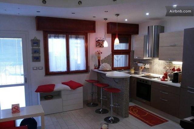 Cucina piccola con penisola cerca con google cucina for Piccole cucine con penisola
