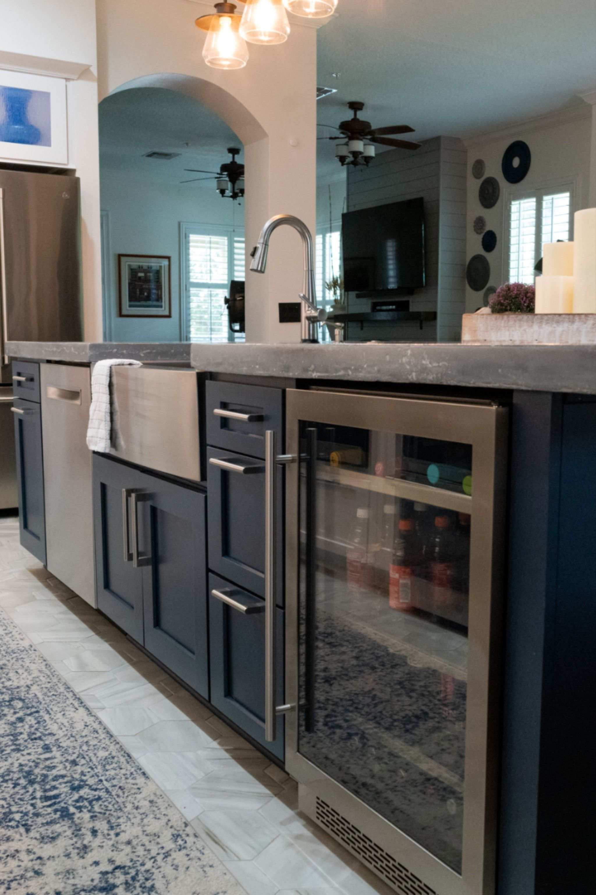 Island Design with Function in Mind   Home kitchens, Kitchen ...