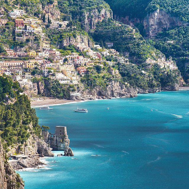 Hello World... Hi Everyone... Morning Sun & Happy week-end ... Always Dolce Vita in Positano, Amalfi coast, Italy ... Gentleman modern ©Massimiliano Teodori #Positano #Italy #Passport #travel #amalficoast #photooftheday #photo #sea #mediterranean #dolcevita #inspiration #influence #lifestyle #gentleman #DandyModern #sexy #traveller #manintheworld #coolman #instagood #instadaily #instagoodmyphoto #follow #gentlemanmodern