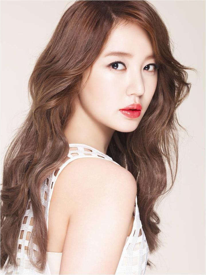 Hairstyles For Long Asian Hair : Yoon eun hye long wavy and coloured hair hair! pinterest