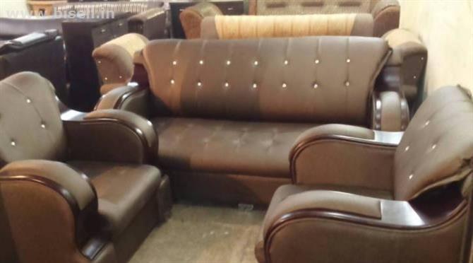Five Seater Fresh Sofa Set In Walnut Jute Fabric And In Coffee Brown Polish Sofa Set Home Sofa