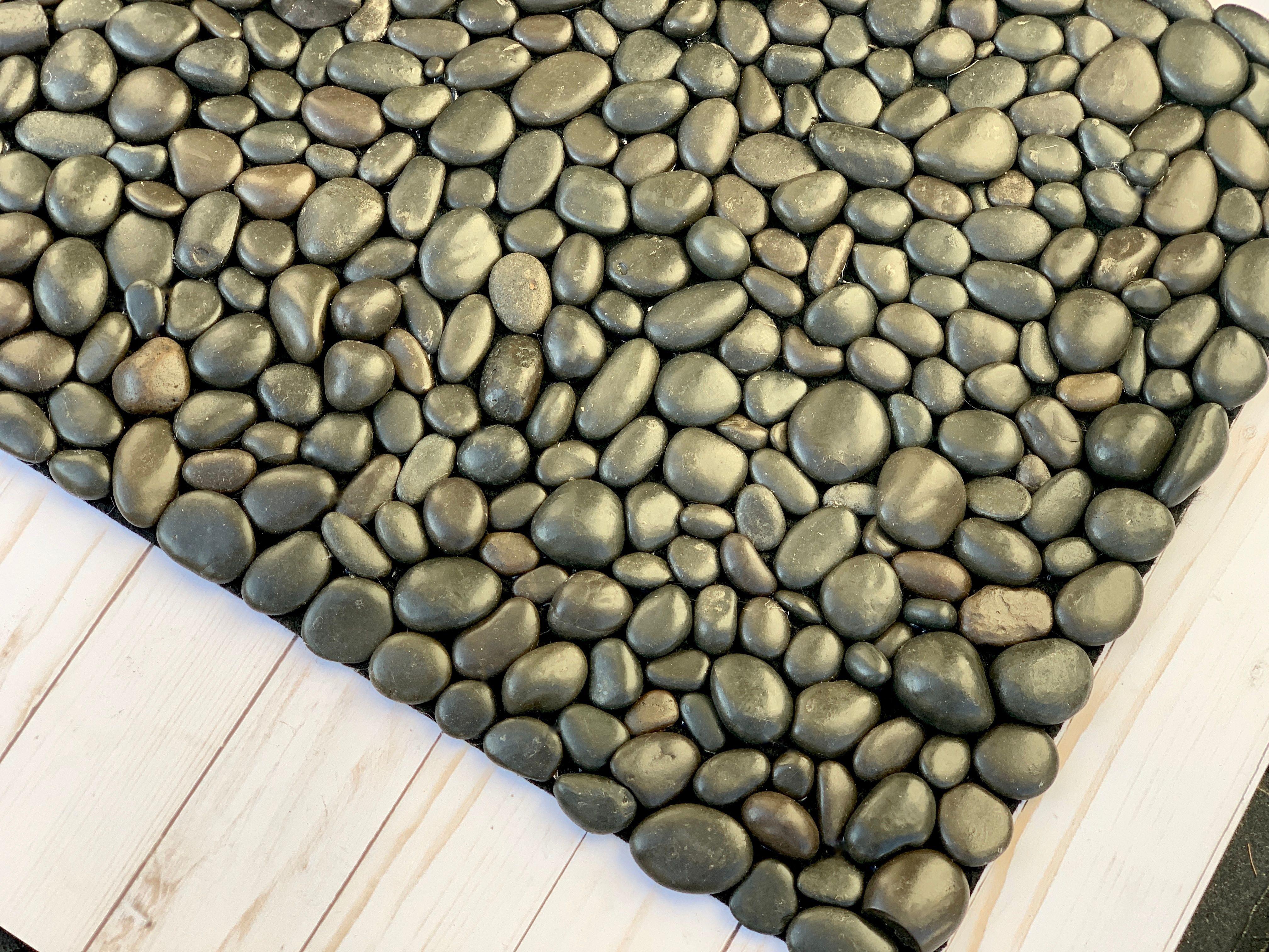 Diy River Rock Welcome Doormat Ehow Com In 2020 Diy River Rock Door Mat Diy River Rock
