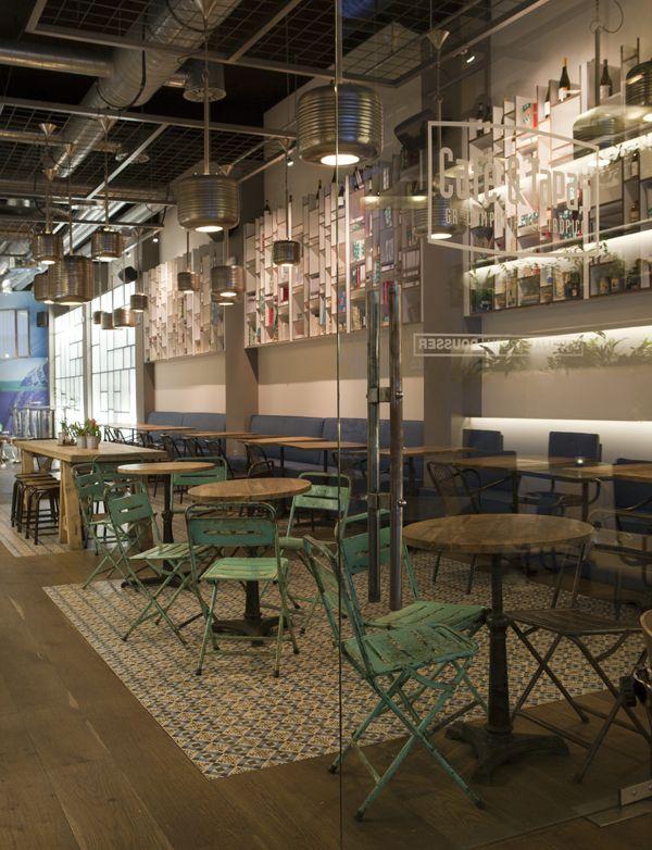 Caf y tapas al estilo retro vintage imagenes con - Ideas para decorar un bar de tapas ...