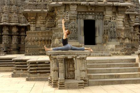 hanumanasana inspired with images  yoga sublime