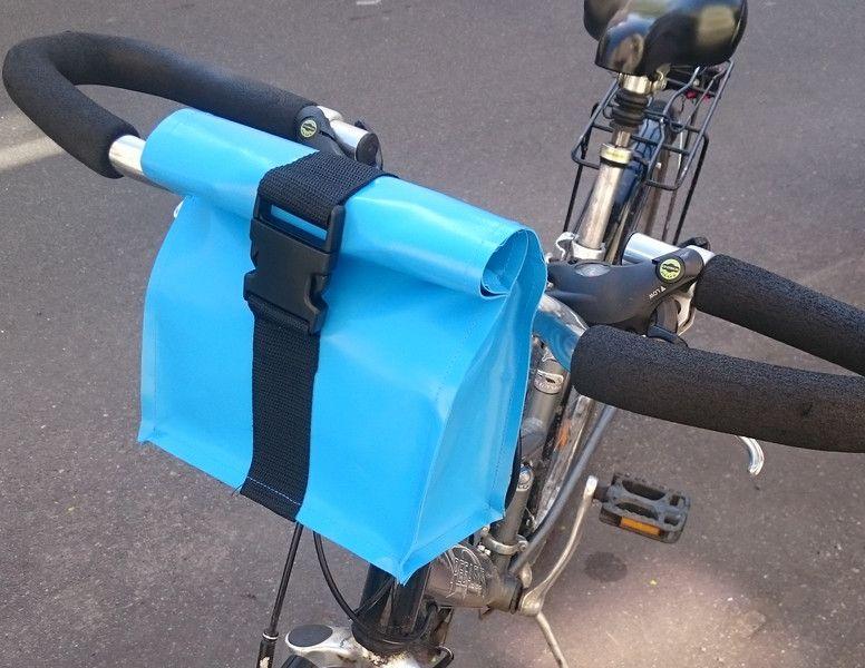 fahrradtaschen lenkertasche fahrradtasche ein designerst ck von taschenmacherei bei dawanda. Black Bedroom Furniture Sets. Home Design Ideas