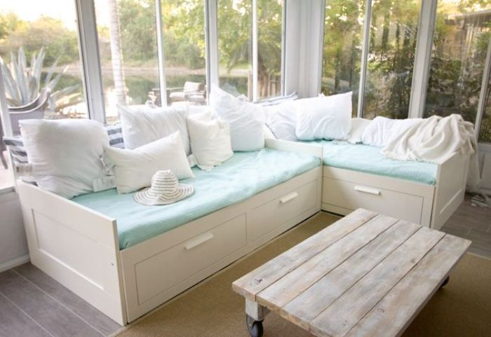 A Daybed With Storage Offers What Is Required In Every Home Home Interior Decorating Ideas Home Home Decor Daybed With Storage