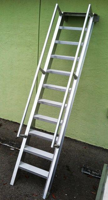 An Aluminum Ship S Ladder This Aluminum Ladder Features 5