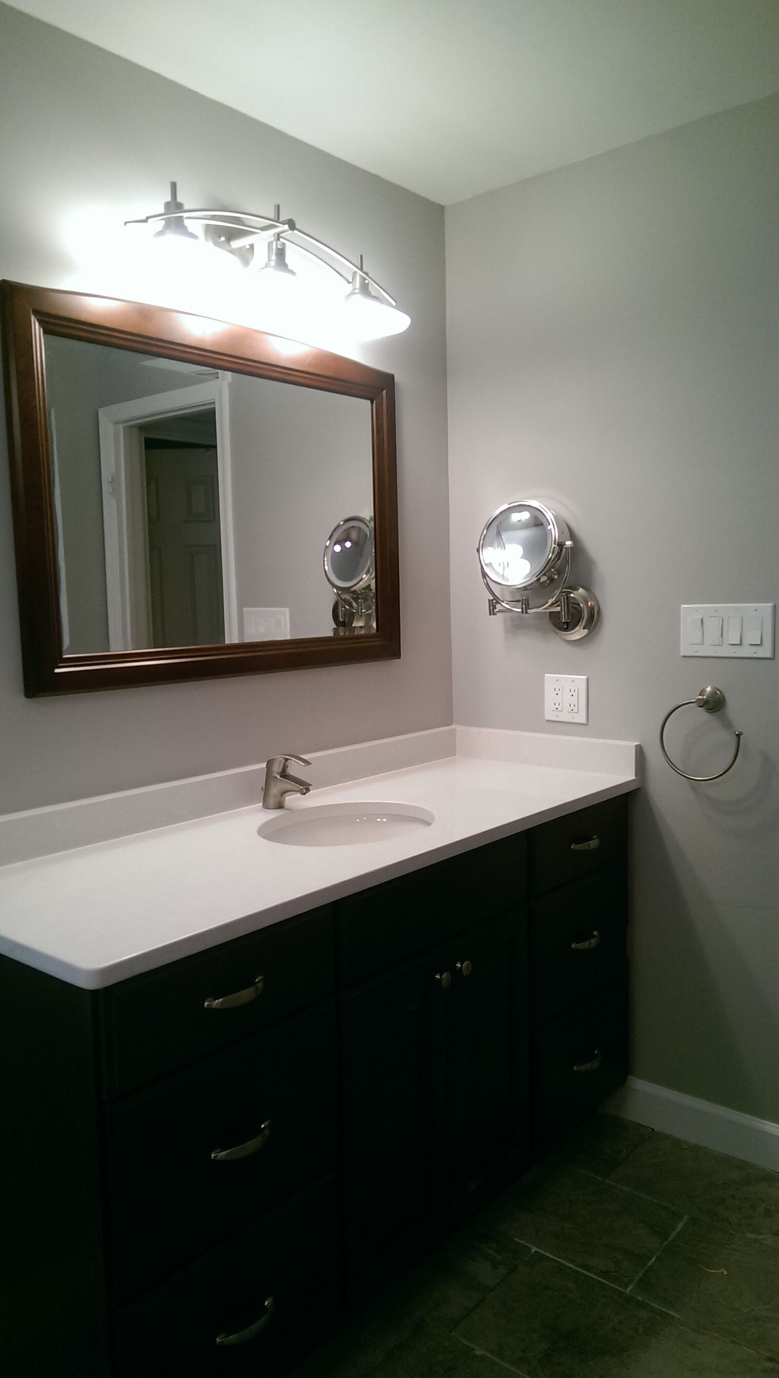 Master bathroom fairfax va, silestone Yukon blanco, grohe faucet ...