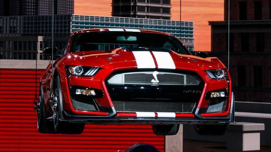 2020 Ford Shelby Gt500 Roars Into Detroit With Dct No Hp Specs
