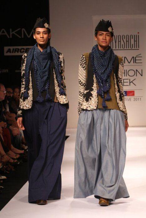 9aa8ccf743d Sabyasachi Mukherjee Lakme Fashion Week india 2011 | Style | Fashion ...