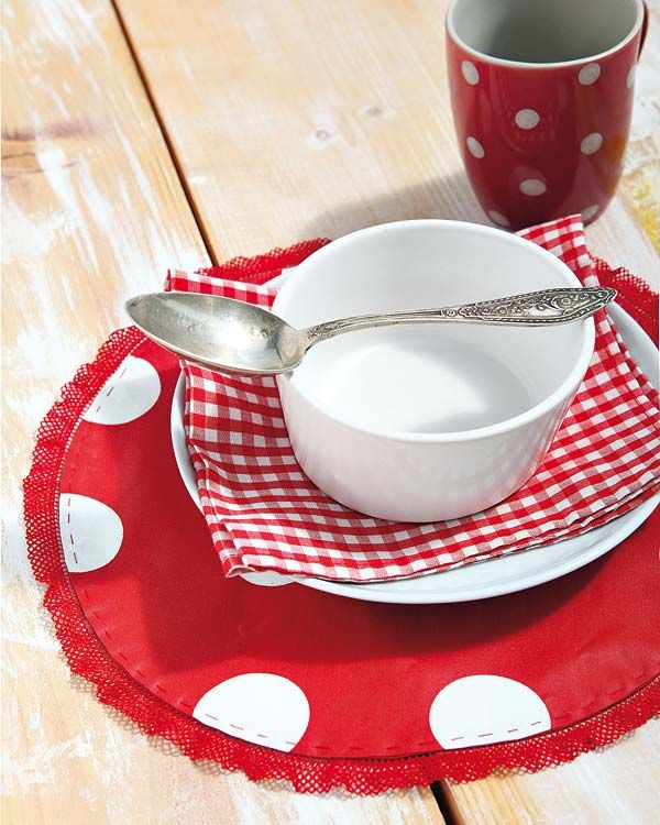 Small Round Placemats For Our Kitchen Table