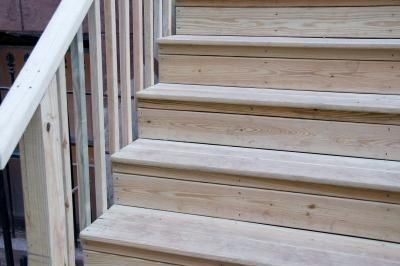 Best How To Apply Wood Finish On Stairs Outdoor Wood Steps 400 x 300