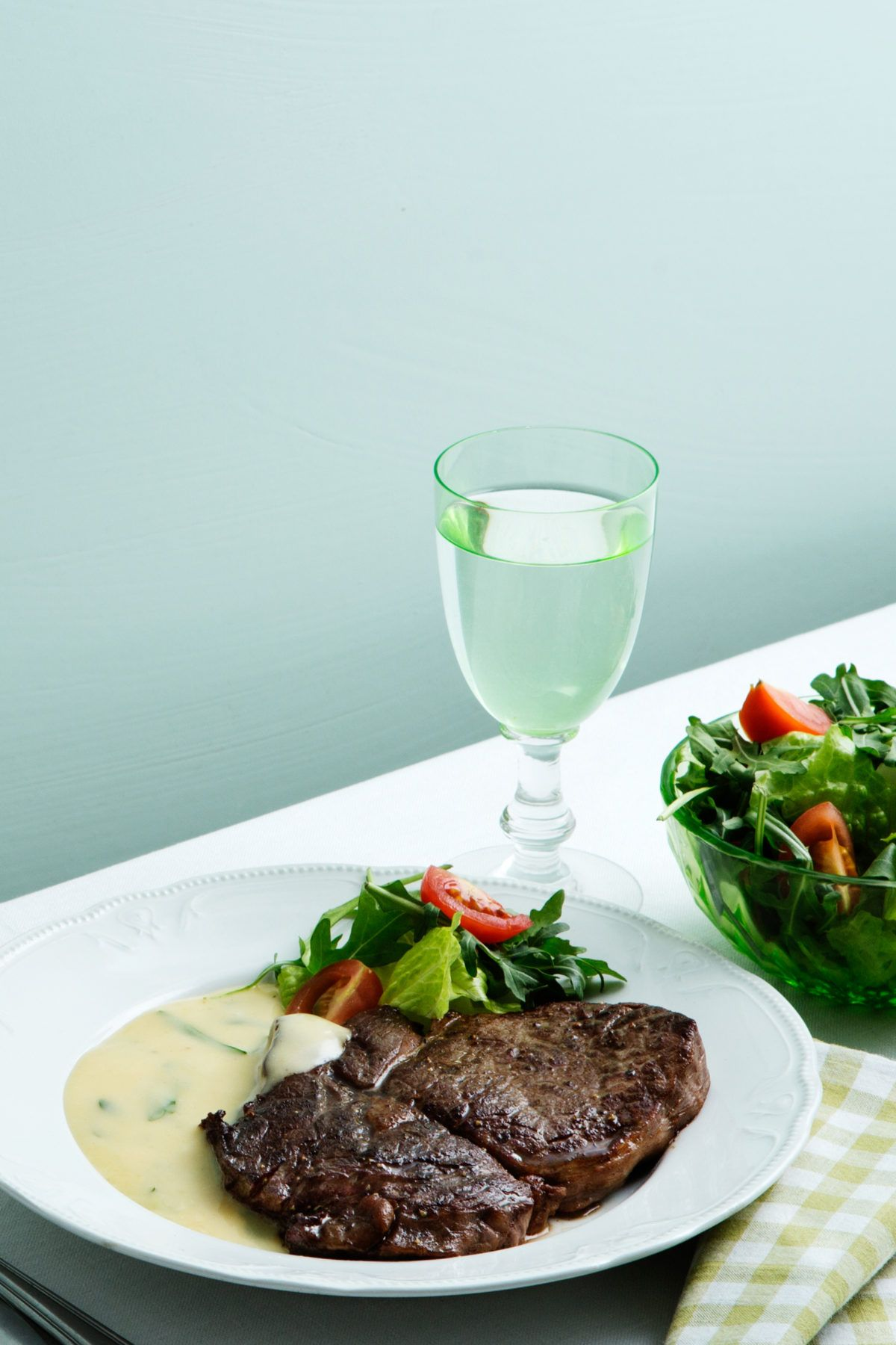 Steak with Béarnaise Sauce - Diet Doctor