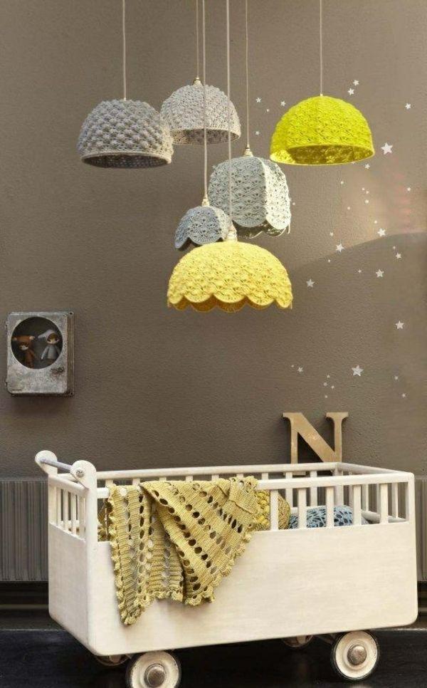 modernes kinderzimmer pendelleuchten babybett trends - Kinderzimmer Dekoration In Schulen