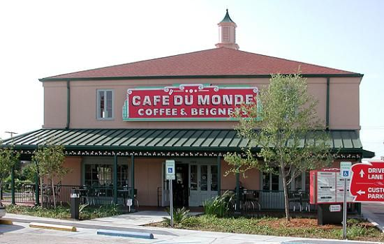 Cafe Du Monde Veterans Hwy Metairie La Cafe Du Monde Cafe Du Monde Coffee New Orleans Louisiana