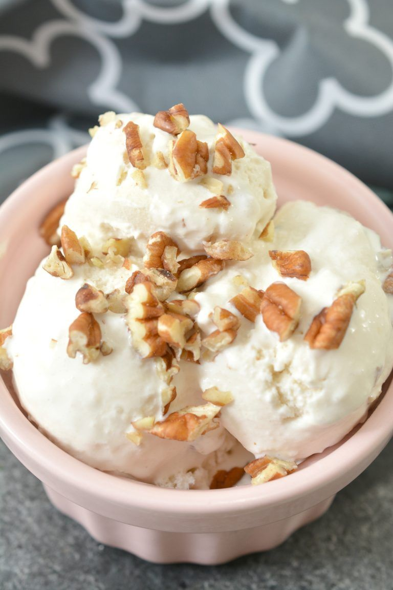 Keto Maple Pecan Ice Cream #ketoicecream