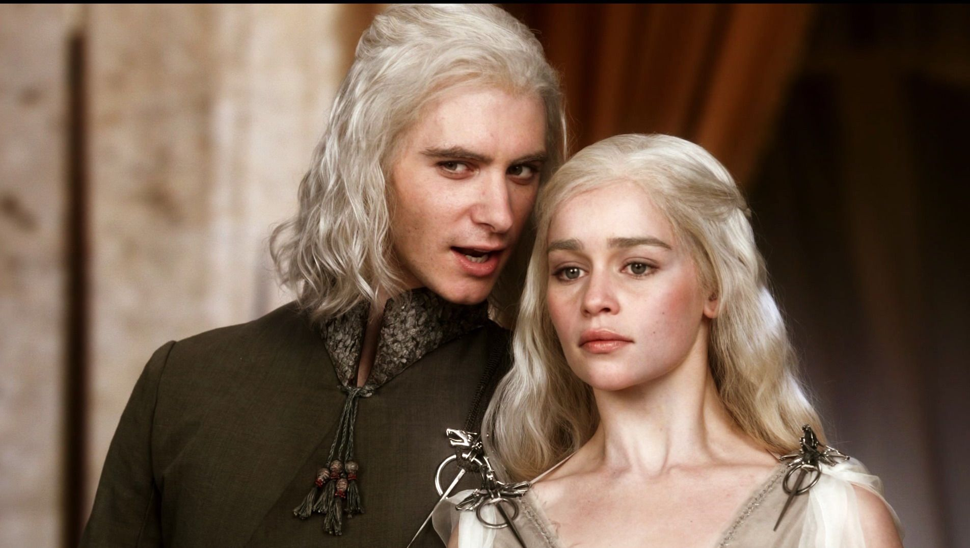 Game Of Thrones Season 1 | Viserys & Daenerys Targaryen