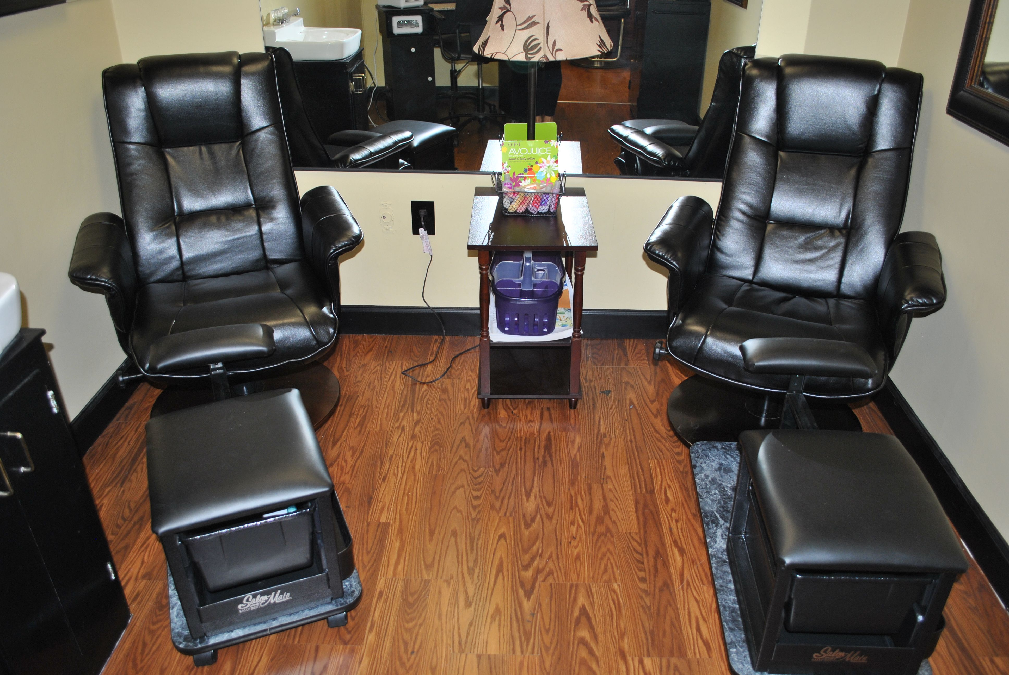 Shellac Or Waterless Pedicure Stations Salon Ideas