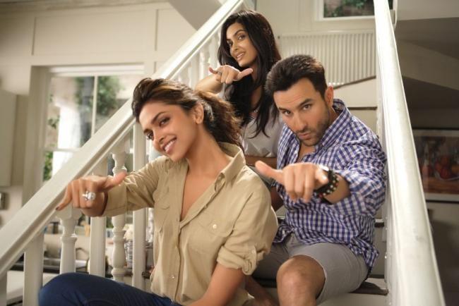 Cocktail Movie Stills With Saif Ali Khan Deepika Padukone And Diana Penty Deepika Padukone Diana Penty Cocktail Movie
