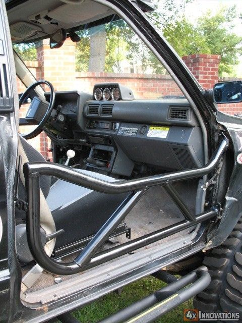 84 89 4 runner and 84 88 pickup tube doors 4runner gear camionetas 4x4 coches for Interior roll cage for toyota pickup