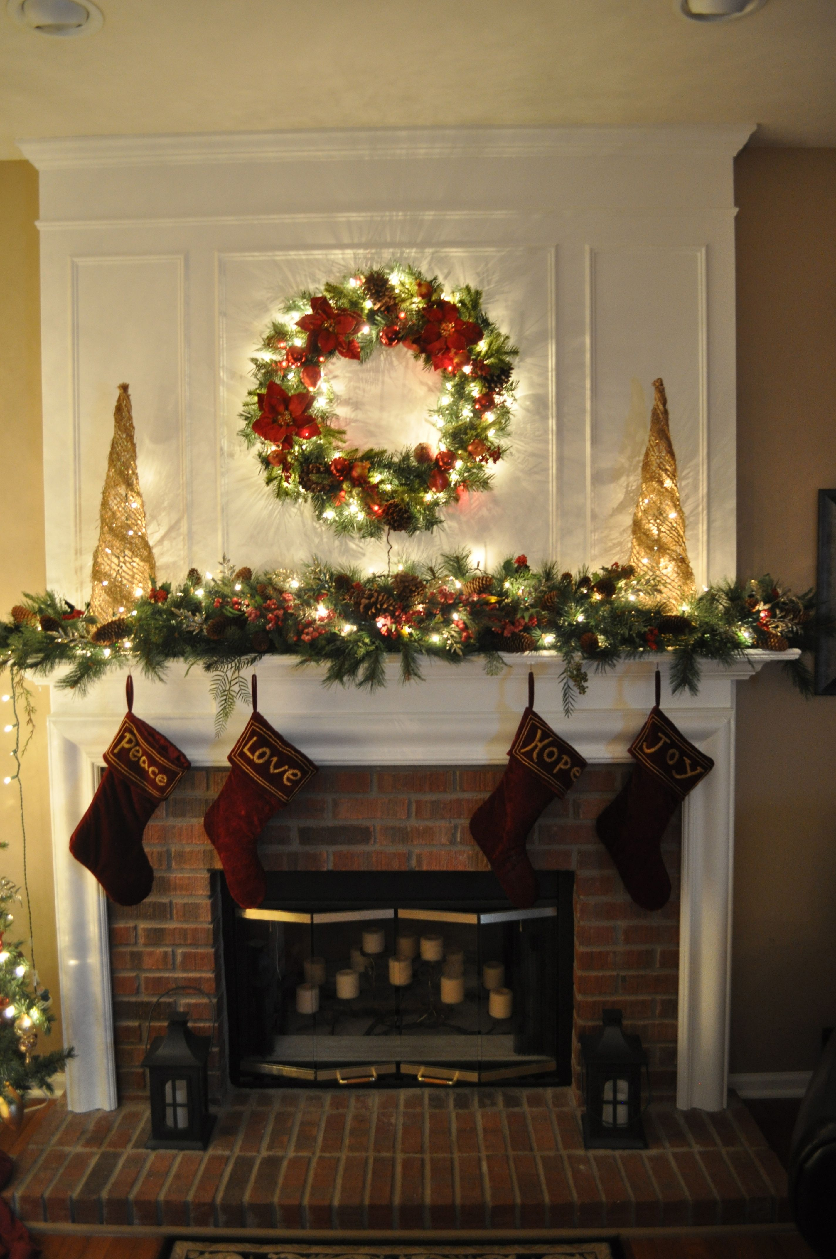 Wendy's o) Mantle. A section or two of full pine garland
