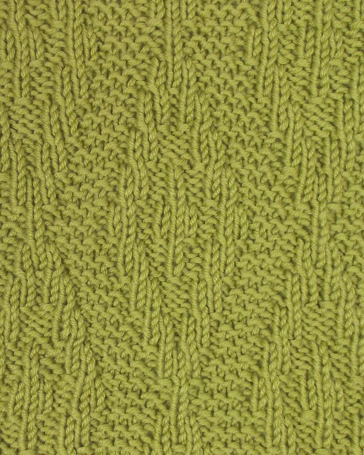 Another great reversible stitch...perfect for winter scarves. The ...