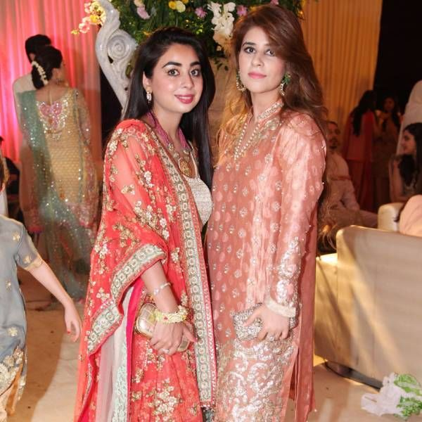 Sana Hasan A Total Stunner In Sabyasachi Mukherjee Aleena Masood And Azmeh Adeel These