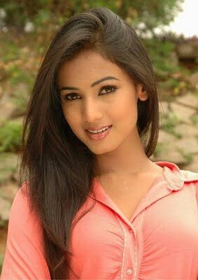 Sonal chauhan 85 red hot beautiful indian actresses pinterest explore hd photos indian girls and more voltagebd Choice Image