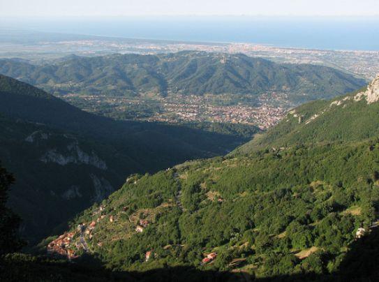 Panorama verso #Camaiore #Tuscany