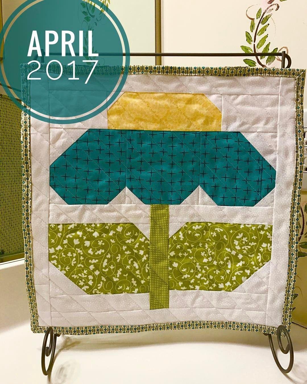 Hello April! I love this sweet Lori Holt Zinnia pattern